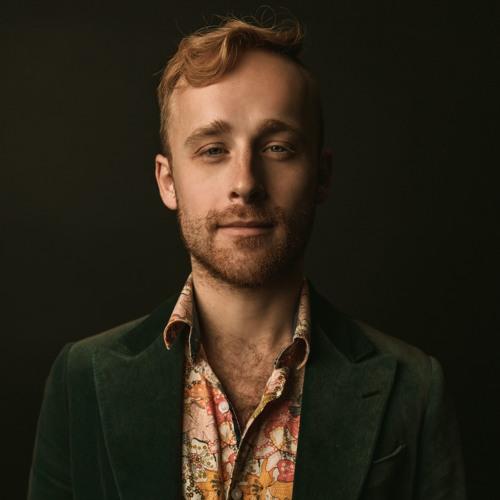 Deuce Bennett's avatar