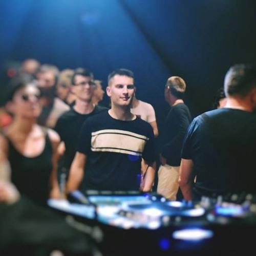Ivan Saric's avatar