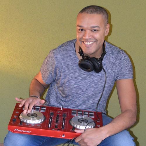 Rui Fortes - DJ Ruiste's avatar
