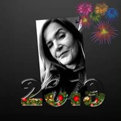 Nora Harris's avatar
