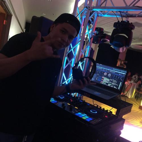 DJ Alvarez Beat's avatar
