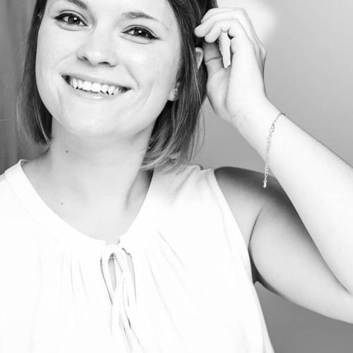 Lisa Darling's avatar