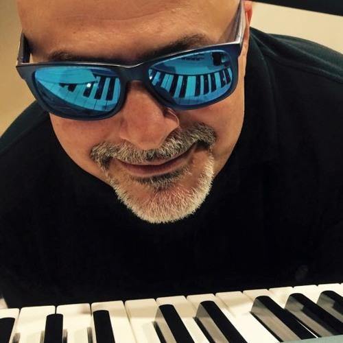 Vittorio Iuè's avatar
