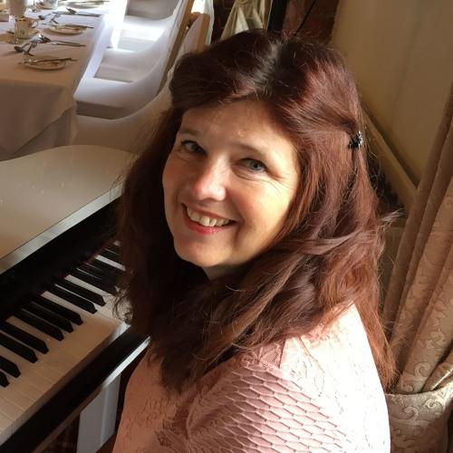 Karen Daniels's avatar