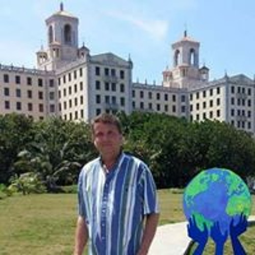 Julio Novoa's avatar