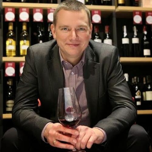 Slawek Kominski's avatar