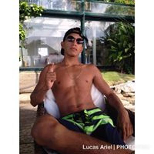 Lucas Ariel's avatar