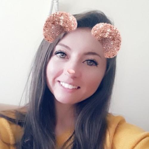 Lau Kat's avatar