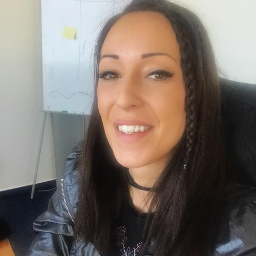 Zizi Bosznai's avatar