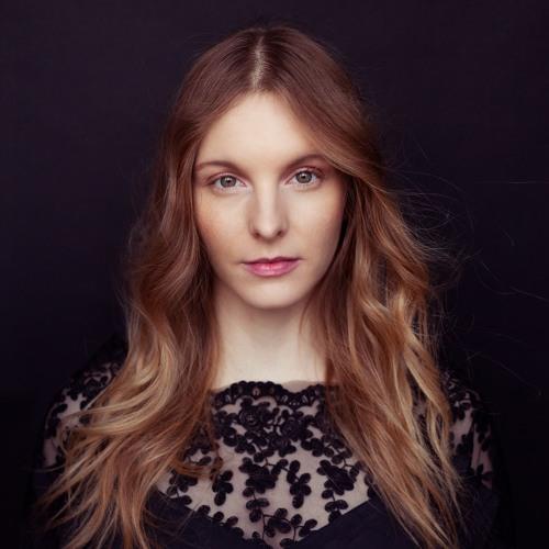 Vivie Ann's avatar
