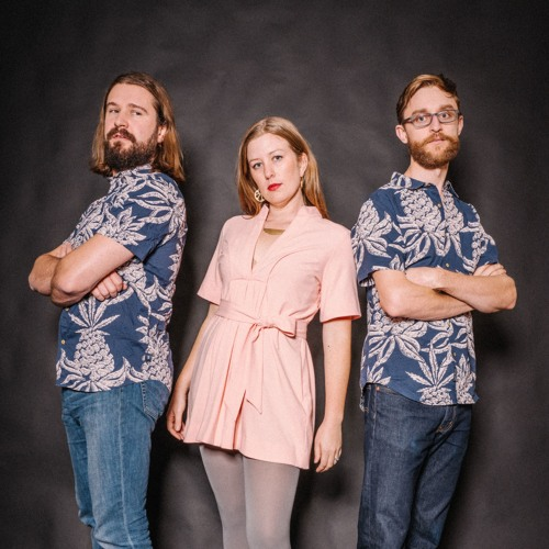 Emma Cook & Questionable Company's avatar