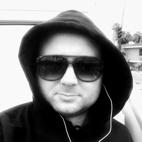 Gav Oli's avatar