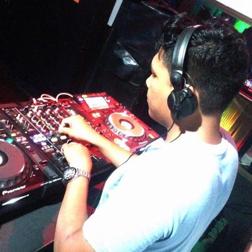 DJ Giancarlos ✪'s avatar