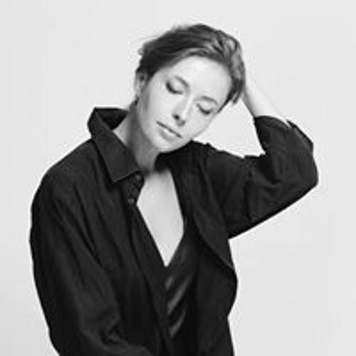 Kseniya Brazhinskaya's avatar