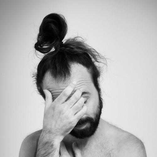 Miguel Hiroshi's avatar