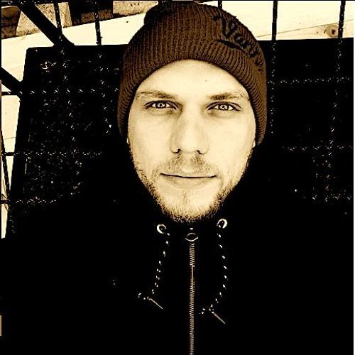 Dani Elll's avatar