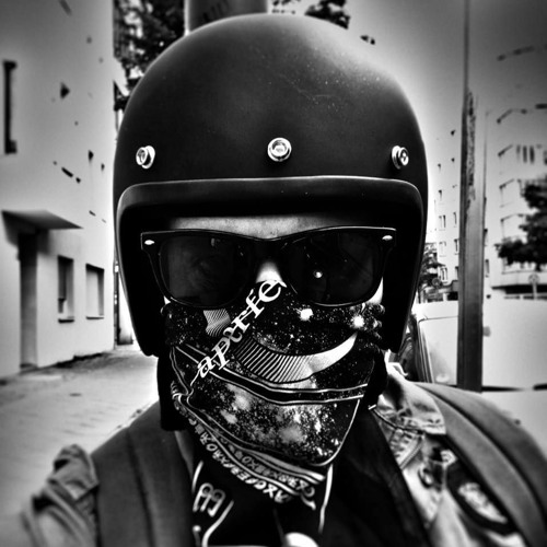 LaTriq's avatar