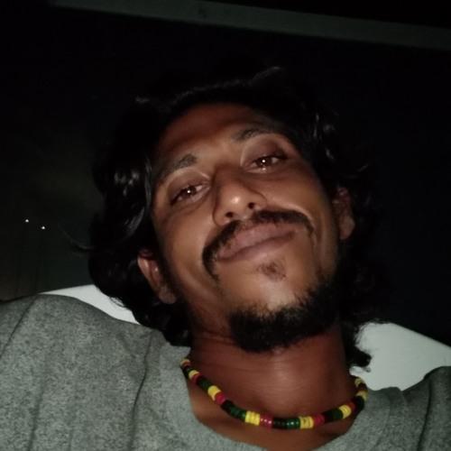 almaas's avatar