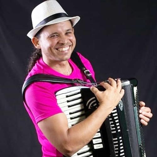 Ari Arimatéa's avatar