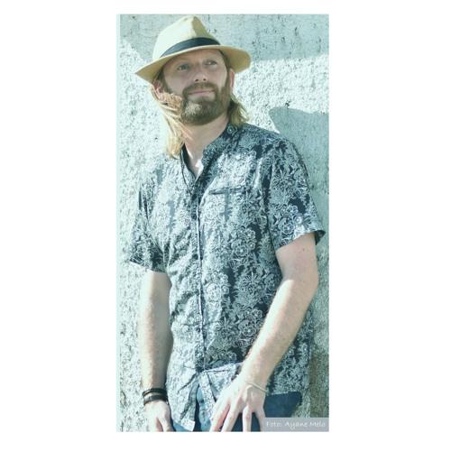 Dave Holmes's avatar