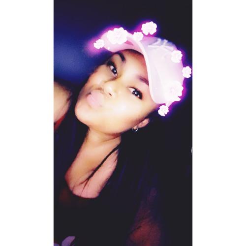 Noema Lomi's avatar