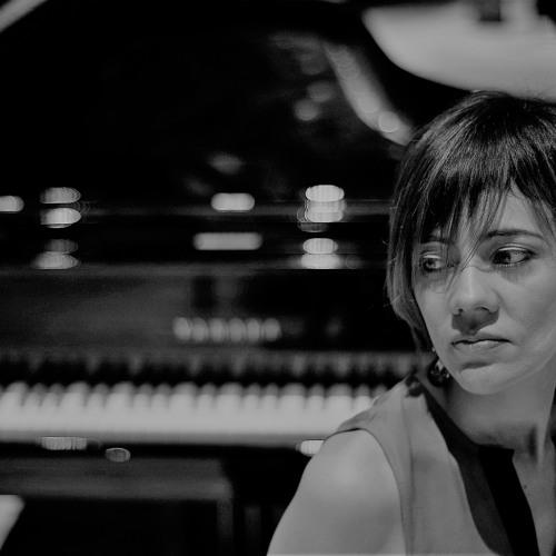 Daniela Salinas pianist's avatar