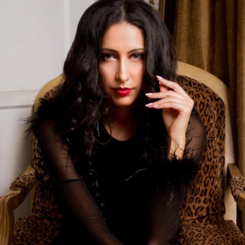 Lana Zahia's avatar