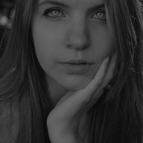 lauralovesgoodmusic 🎶🖤's avatar