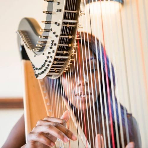 Ahya Simone's avatar