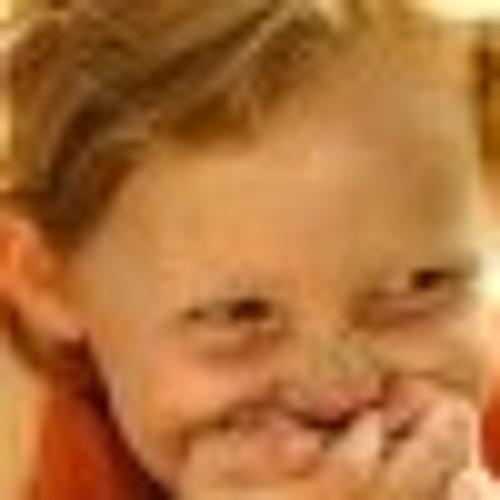 Claud  Ebba's avatar
