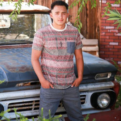 Daniel Calderon's avatar