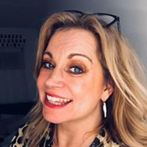 Rebecca Filis's avatar