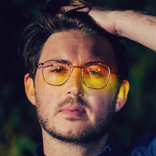 Dustin Tebbutt's avatar