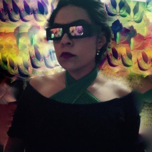 Ruth Magenta's avatar