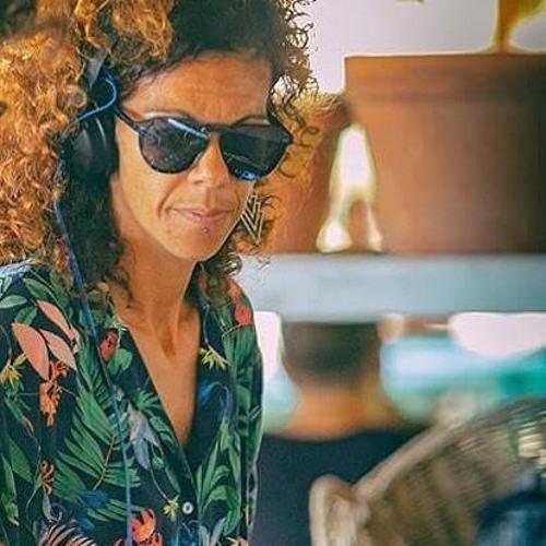 Juanita Ramírez's avatar
