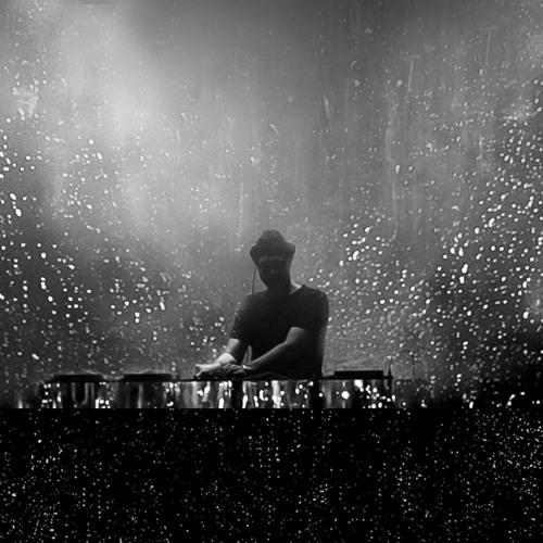 DJ Fenix's avatar