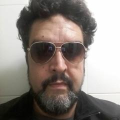 André Lobo