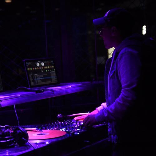 DJ C-Kid's avatar