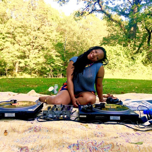 Xoli Ngcoza's avatar