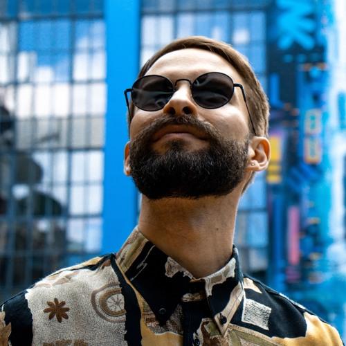 Luke Hassan's avatar