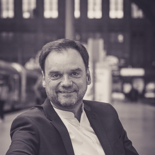 Dirk Schmidt Bass's avatar