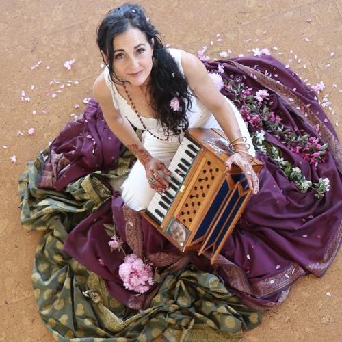 Kavita Kat Macmillan's avatar