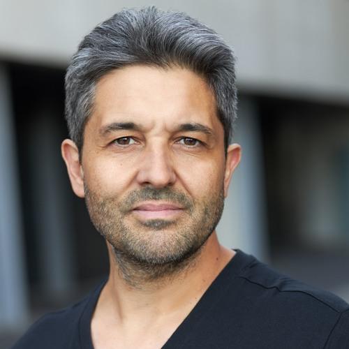 Val Athanassiou's avatar