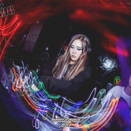 DJ Kyvie's avatar