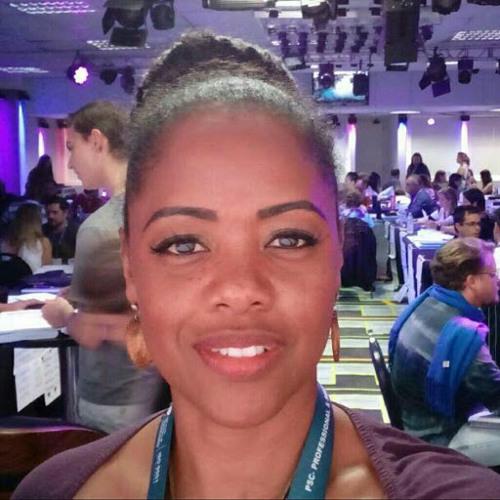 Dulce Ferreira's avatar