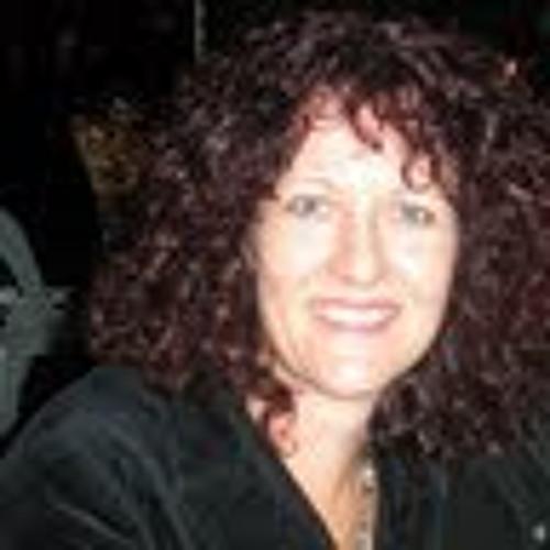 Helen Harrison's avatar