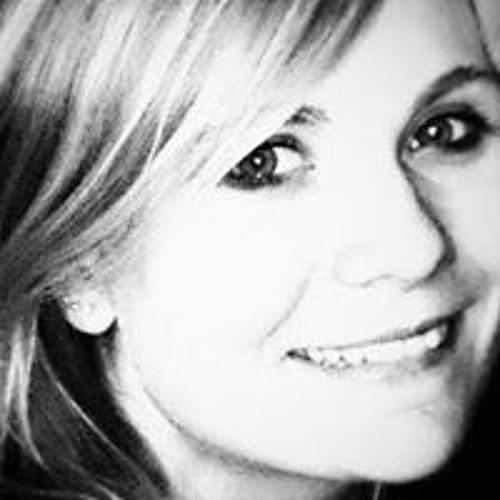 Mela Nie's avatar
