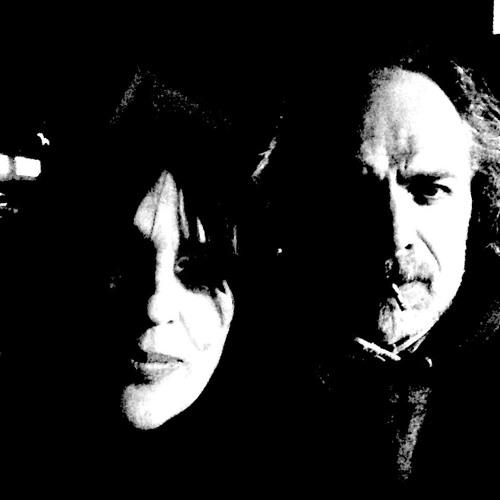 Carolyn Hume & Paul May's avatar