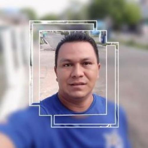 Charlem Sarges's avatar
