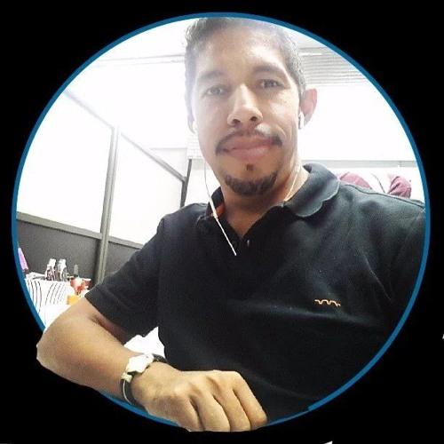 Delfín Fernandez's avatar